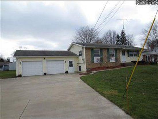 15639 Oakdale St, Middlefield, OH 44062
