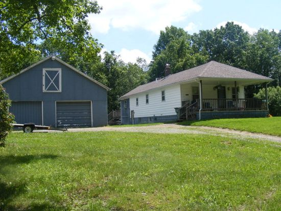 15143 Denny Rd, Meadville, PA 16335