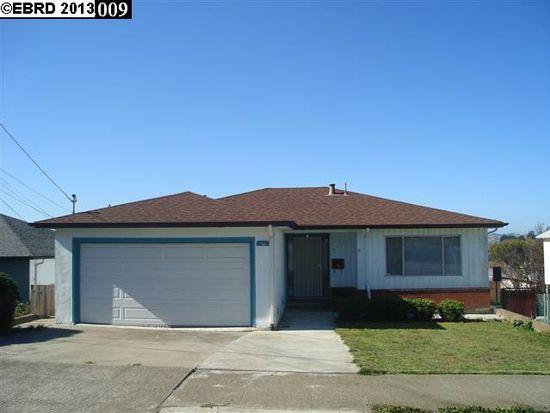671 Humboldt St, Richmond, CA 94805