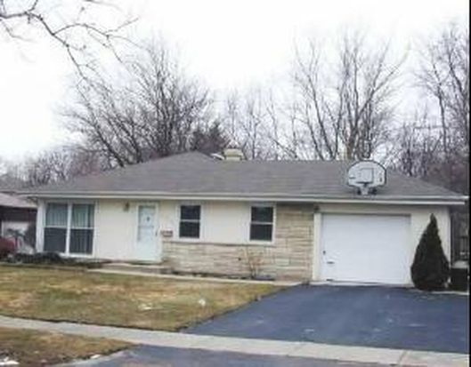 1954 Thornwood Ln, Northbrook, IL 60062
