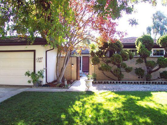 1207 Sargent Dr, Sunnyvale, CA 94087