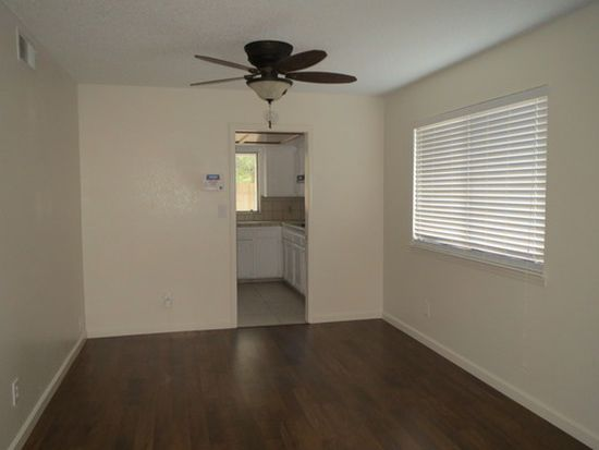 6558 N Bendel Ave, Fresno, CA 93722