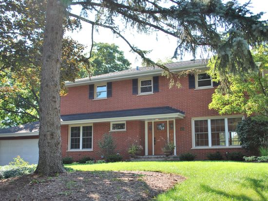 413 59th St, Downers Grove, IL 60516