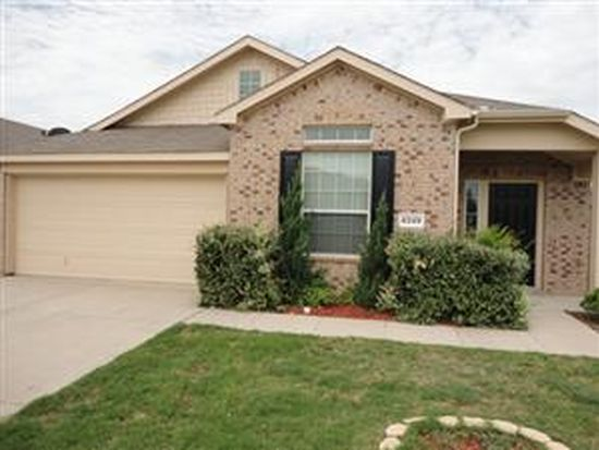 6249 Ryan Creek Rd, Fort Worth, TX 76179