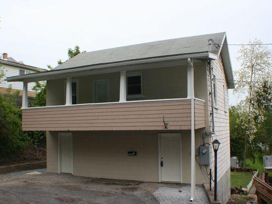 30 Spring St, Westover, WV 26501