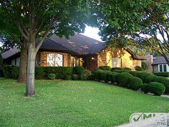 3633 Oakmont Dr, Grand Prairie, TX 75052