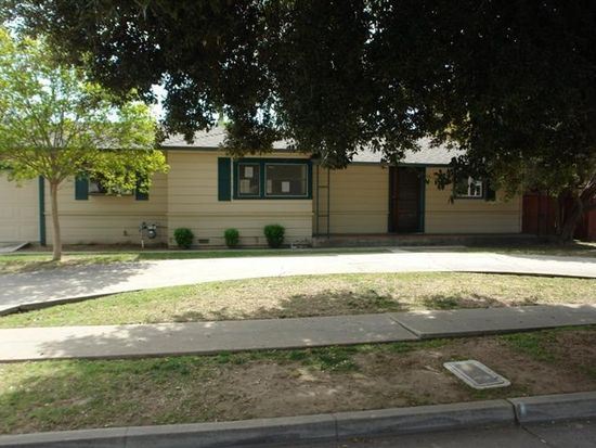 2338 E Berkeley Ave, Fresno, CA 93703