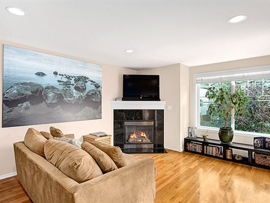 8501 Midvale Ave N APT A, Seattle, WA 98103