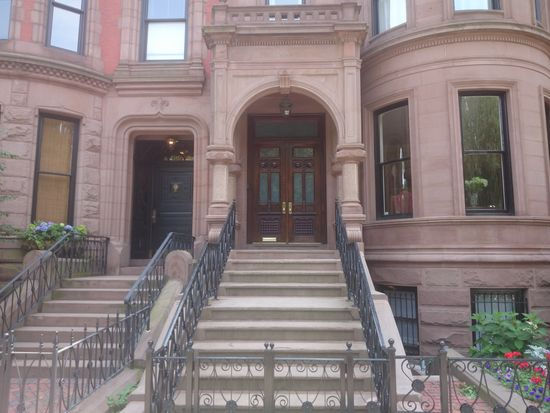198 Commonwealth Ave, Boston, MA 02116
