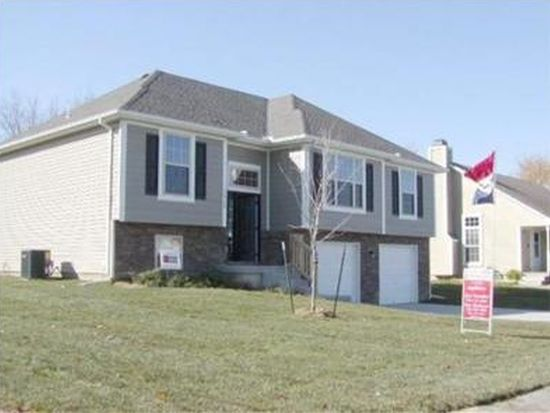 12708 Lowell Ave, Grandview, MO 64030