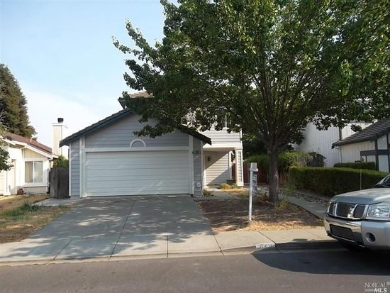 840 Turquoise St, Vacaville, CA 95687