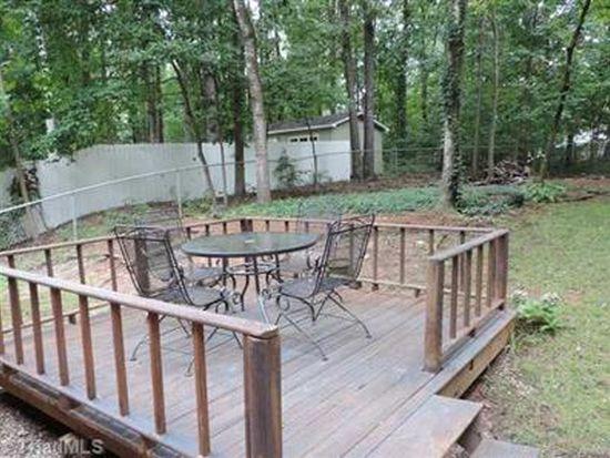 2015 Smokeridge Ln, Greensboro, NC 27407