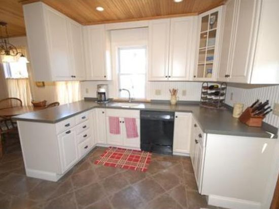 78 Lowell St, Andover, MA 01810