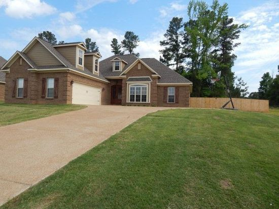 1232 Westbrook Dr, Oxford, MS 38655