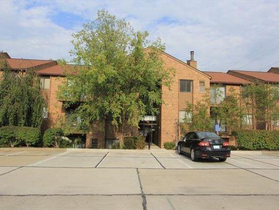30 Woodland Hills Dr, Southgate, KY 41071