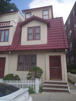 129 Sutherland Rd, Boston, MA 02135