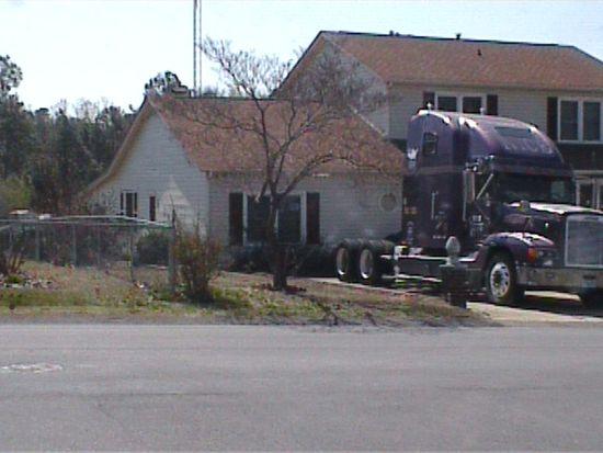 445 Saddle Ridge Rd, Fayetteville, NC 28311