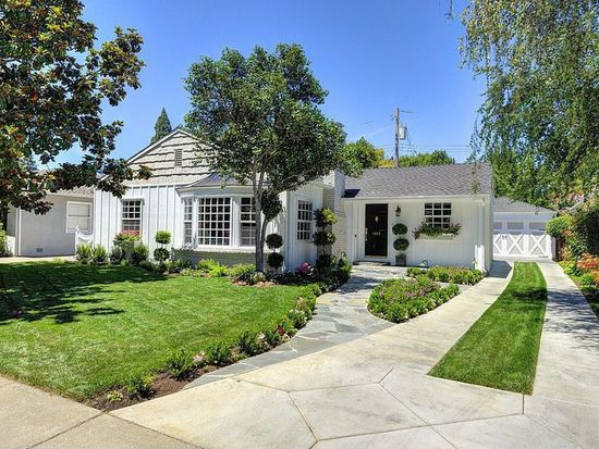 1215 Weller Way, Sacramento, CA 95818