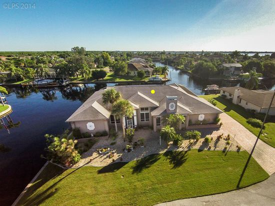 2335 SE 27th St, Cape Coral, FL 33904
