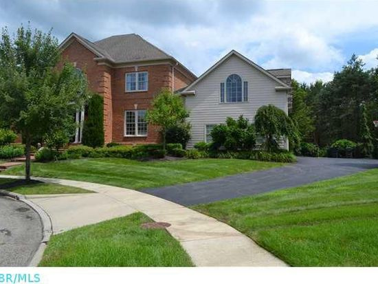 7777 Cromwell End, New Albany, OH 43054