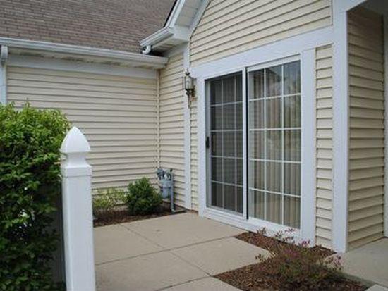 2346 Ashbrook Ln, Grayslake, IL 60030