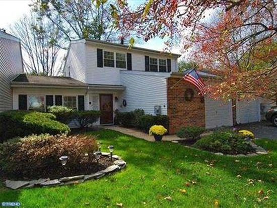 182 Commonwealth Dr, Newtown, PA 18940