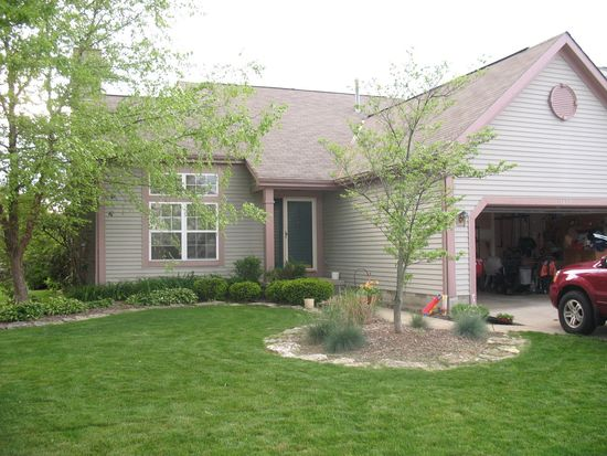 1457 Meadowbank Dr, Worthington, OH 43085