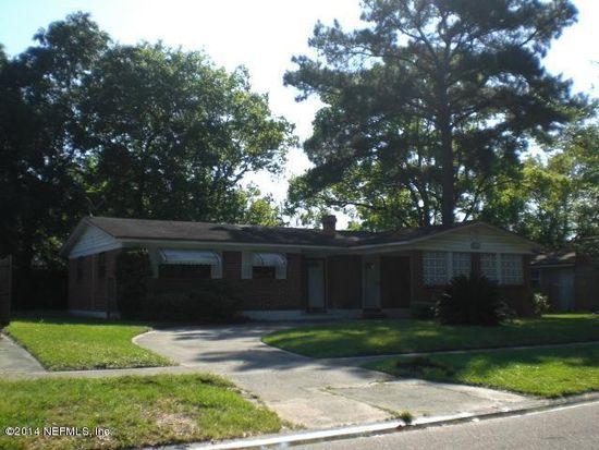 6513 Thurgood Cir W, Jacksonville, FL 32219