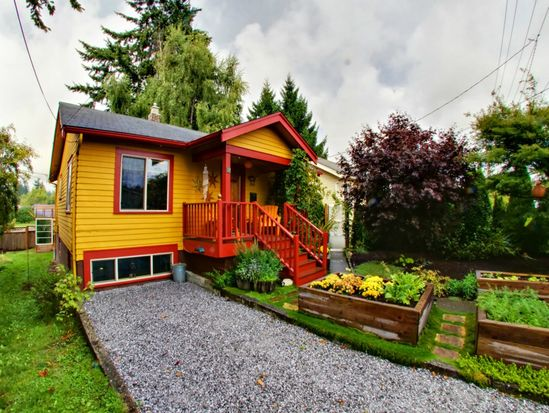 808 W Illinois St, Bellingham, WA 98225