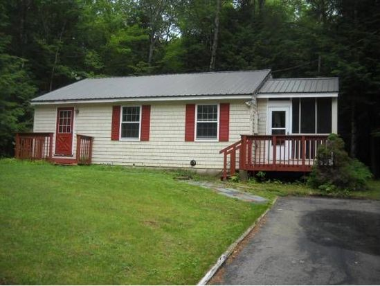 195 Limac Cir, Center Conway, NH 03813