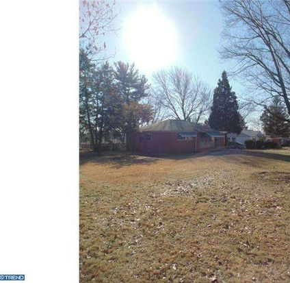 2 Hilltop Rd, Plymouth Meeting, PA 19462