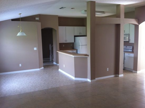 14 Reybell Ln, Palm Coast, FL 32164