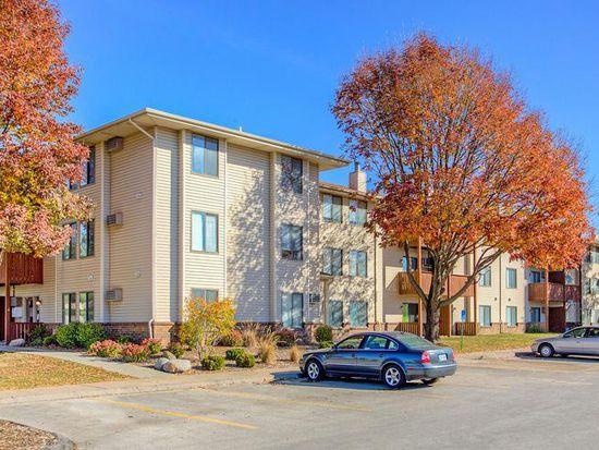 Apt 3 bed 2 bath bristol apartments in urbandale ia for Bath remodel urbandale iowa