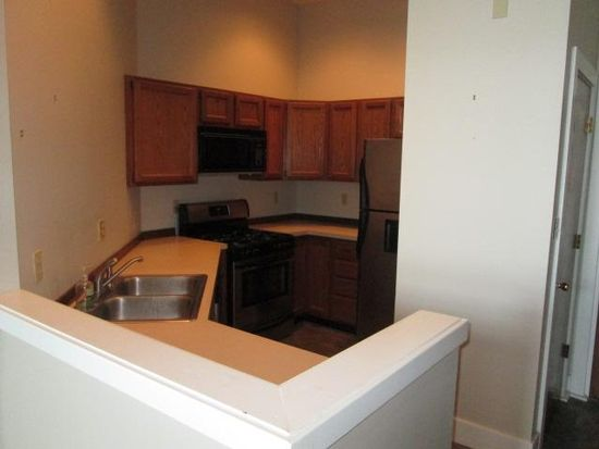 611 N Park Ave APT 306, Indianapolis, IN 46204