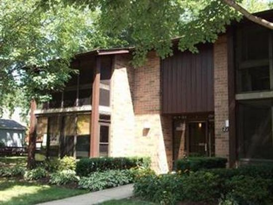 22954 Maple Ridge Rd UNIT 201, North Olmsted, OH 44070