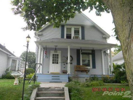1312 S 10th St, Burlington, IA 52601