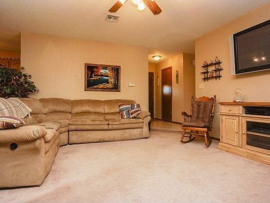 200 Skyridge Trl, Noble, OK 73068