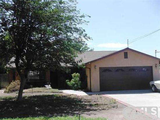 354 D St, Ramona, CA 92065
