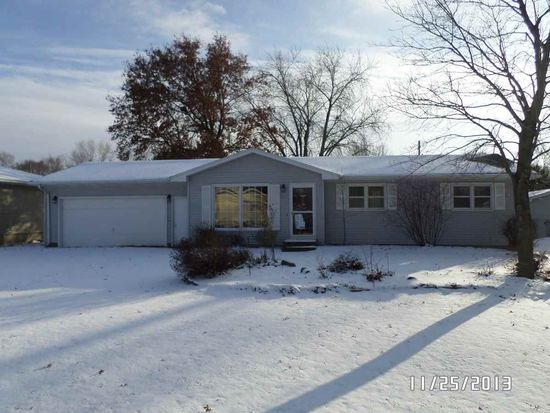 917 Belle St, Waterloo, IA 50702