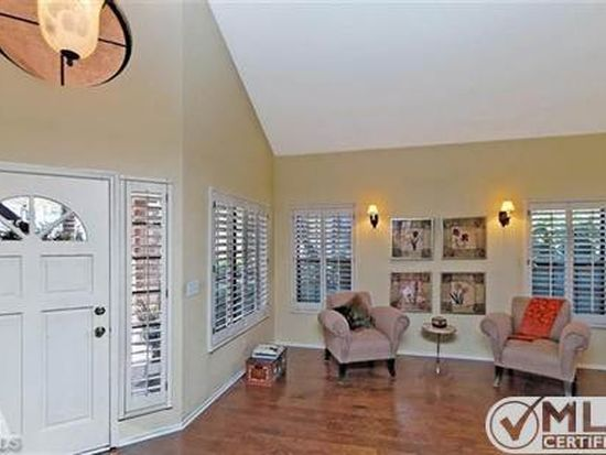 3814 Lost Springs Dr, Agoura Hills, CA 91301