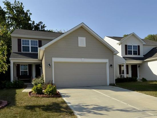 3445 Ashgrove Dr, Indianapolis, IN 46268