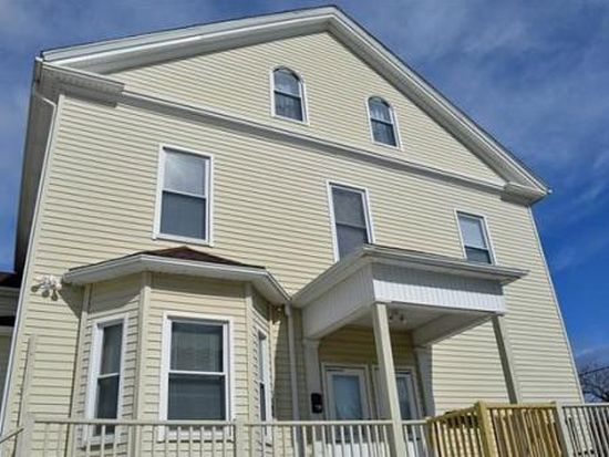 28 Washington Sq, Gloucester, MA 01930