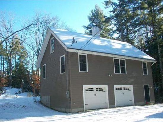 51 Cross Rd, Sandown, NH 03873