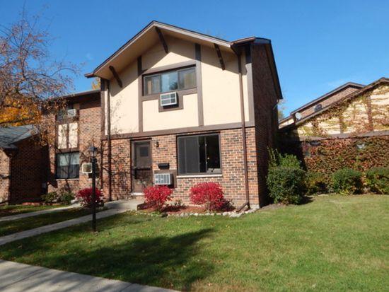18W018 Lowell Ln, Villa Park, IL 60181