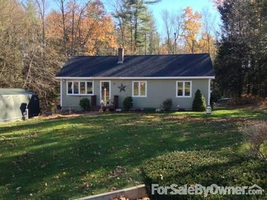 30 Country Rd, East Hampstead, NH 03826