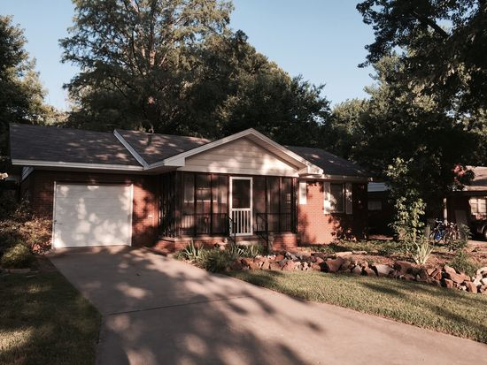 507 Meadow Park Dr, Norman, OK 73069