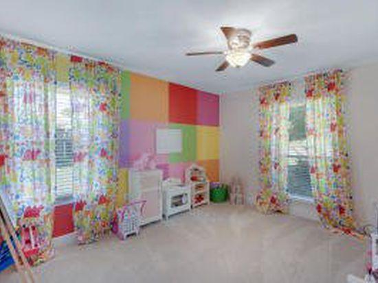 6741 Kempton St, Navarre, FL 32566