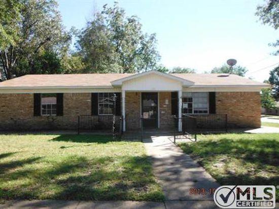 1515 E Plainview St, Tyler, TX 75701