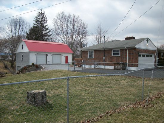 168 Mcberry St, Beckley, WV 25801