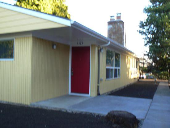 2571 7th Ave W, Seattle, WA 98119